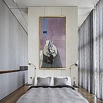 וילונות לחדרי שינה בשילוב טפטים, ריפוד גב מיטה, כיסויי מיטה, כריות
